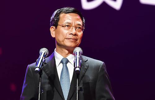 Bộ trưởng Thông tin và Truyền thông trong sự kiện ra mắt mạng xã hội Lotus.