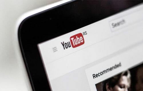 Các chủ kênh YouTube có thể mất tài khoản khi truy cập trang phishing. Ảnh: ZDNet.