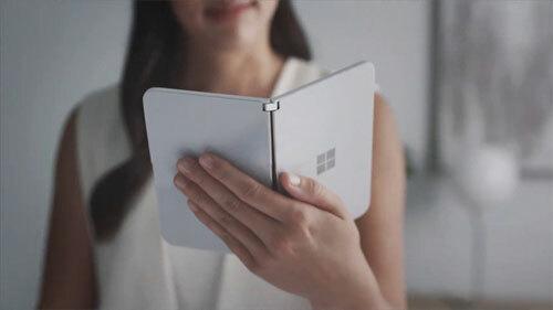 Microsoft ra điện thoại Surface Duo màn hình kép - 1