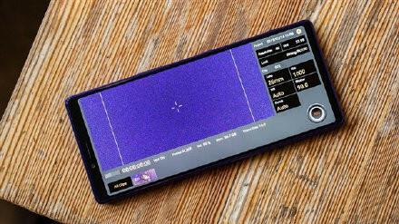 Sony Xperia 3 lộ ảnh thực tế - ảnh 1