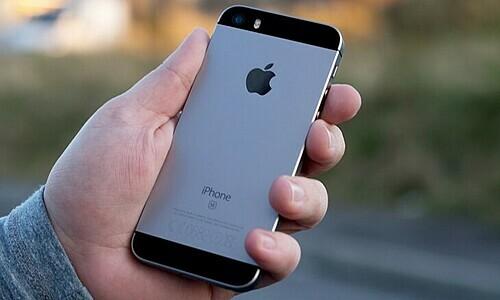 iPhone sắp bước sang thời kỳ 'lắp ráp tại Ấn Độ' https://i-sohoa.vnecdn.net/2019/11/28/iphone-se-6-1-780x521-15749163-8856-4459-1574916621.jpg
