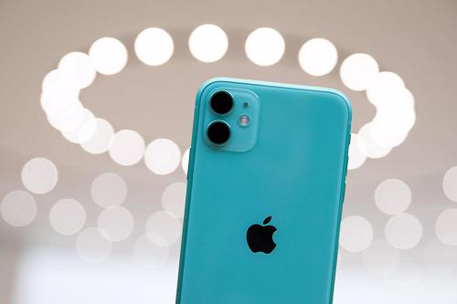 iPhone 11 được kỳ vọng sẽ giúp khôi phục doanh số iPhone trong quý IV/2019. Ảnh: Digital Trends