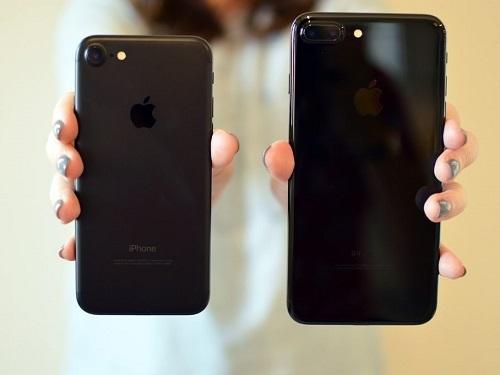 iPhone 7 và iPhone 7 Plus. Ảnh: CR.