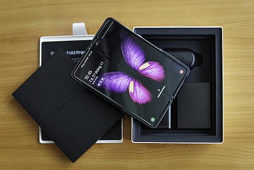 Samsung đã bán một triệu Galaxy Fold - ảnh 1