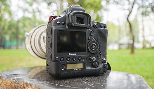 Canon EOS 1DX Mark III được nâng cấp mạnh mẽ so với phiên bản tiền nhiệm. Ảnh: Bảo Lâm.