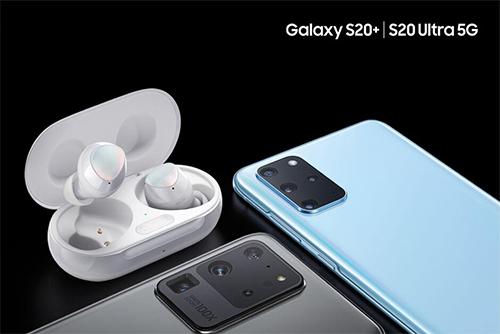 Ảnh dựng của Galaxy S20, S20 Ultra và mẫu tai nghe mới từ Samsung.