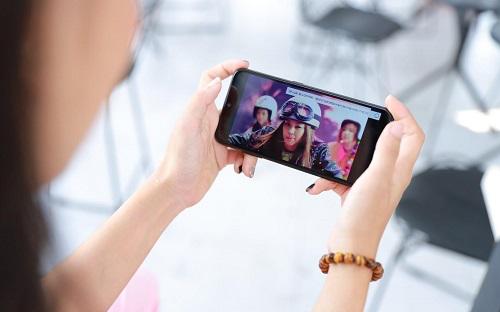 Galaxy A01 - quà công nghệ dịp Valentine cho phái nữ - ảnh 3