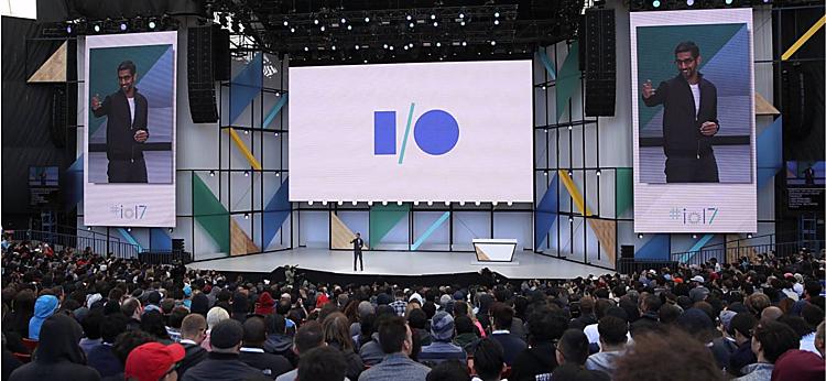 Ngoài giới thiệu các sản phẩm mới, Google I/O còn là nơi gặp gỡ của các lập trình viên, nhà phát triển trên khắp thế giới. Ảnh: Emlakbroker.