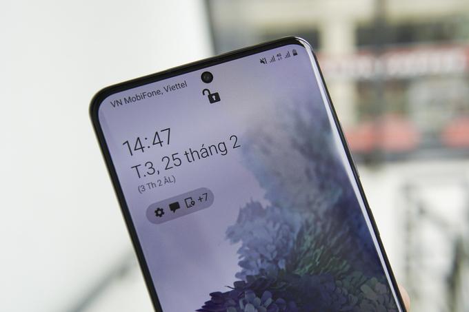 Galaxy S20 Ultra ở Việt Nam dùng chip Exynos. Ảnh: Lưu Quý.