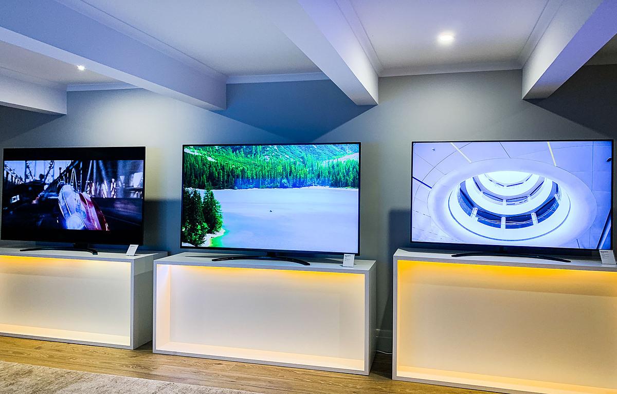 Giá của nhiều mẫu TV 4K trung và cao cấp tiếp tục giảm mạnh.