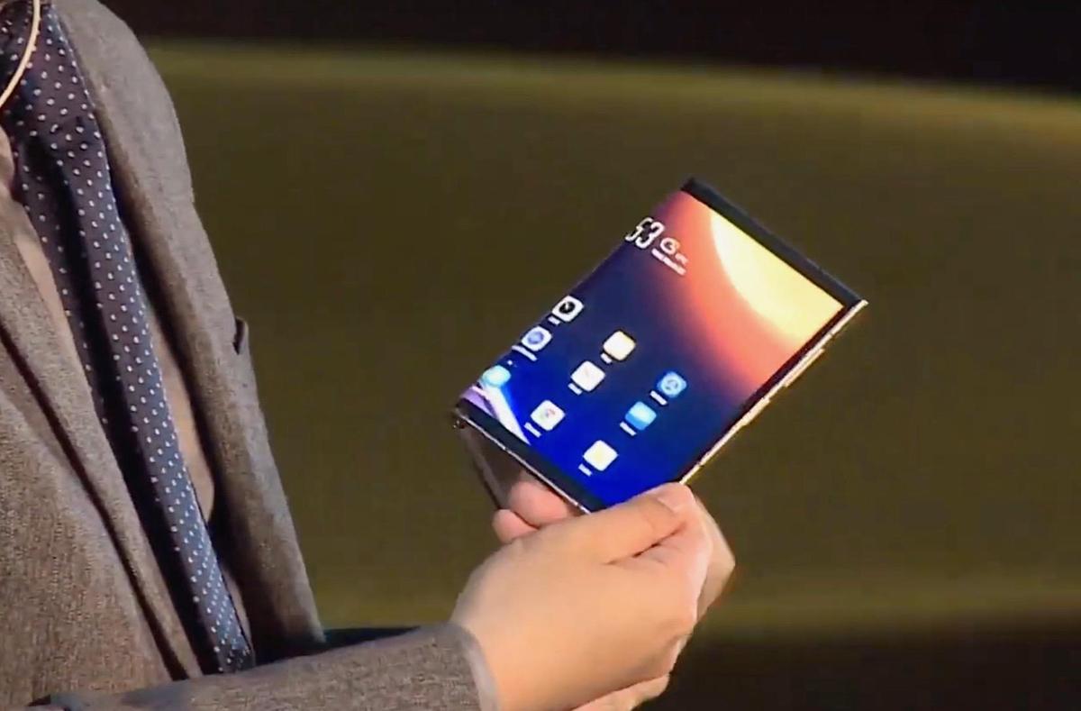 Thêm một smartphone gập giá nghìn đô - ảnh 1