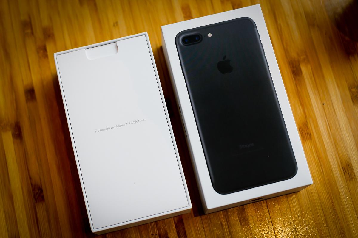 iPhone 7 Plus ra mắt từ 2016. Ảnh: Tuấn Anh.