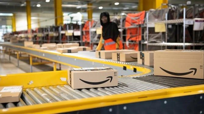 Nhân viên Amazon cho rằng công ty chưa chủ động kiểm soát tình hình dịch bệnh. Ảnh: Tech Crunch.